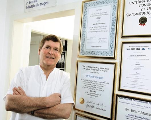 Kundenbild groß 1 Stermann Werner Dr. Dr. Zahnarzt Arzt Oralchirurg Implantologie
