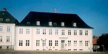Knudsen, Knud Wohnungsbau KG, Knudsen Wohnverwaltungs KG
