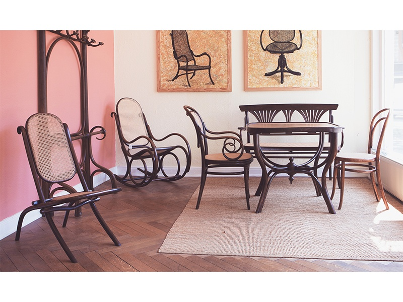 Der Stuhl Thonet antik