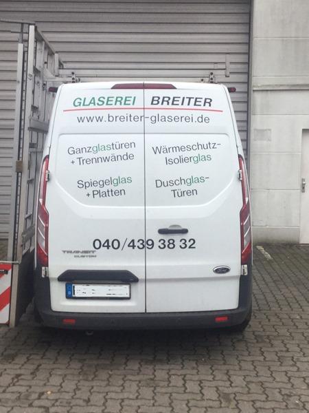 F. Breiter aus Hamburg