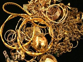 Sadik Carat Juwelier aus Hamburg