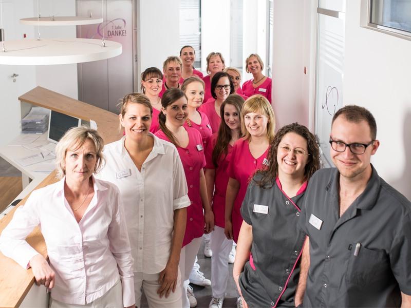 Schumacher Ulrike Dr. - Zahnarztpraxis 32 Zähne im Glück