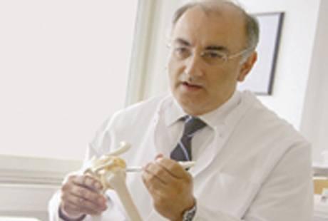 Georgousis H. G. Dr. med.